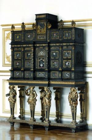 413577_le-xviiie-aux-sources-du-design-chefs-d-oeuvre-du-mobilier-1650-a-1790
